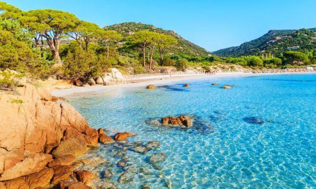 L'écotourisme en Corse, une tendance à préserver la nature sauvage de l'île de beauté