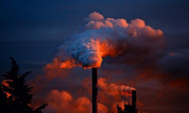 Pollution médicamenteuse : quand le médicament devient un problème de santé publique