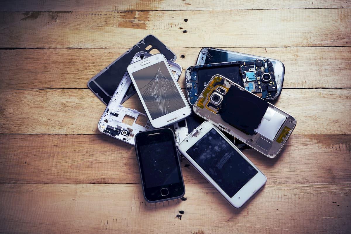 Réduire l'impact environnemental de son smartphone