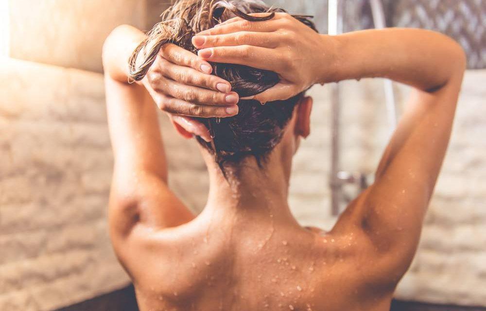 Shampoing maison : comment fabriquer un shampoing naturel ?