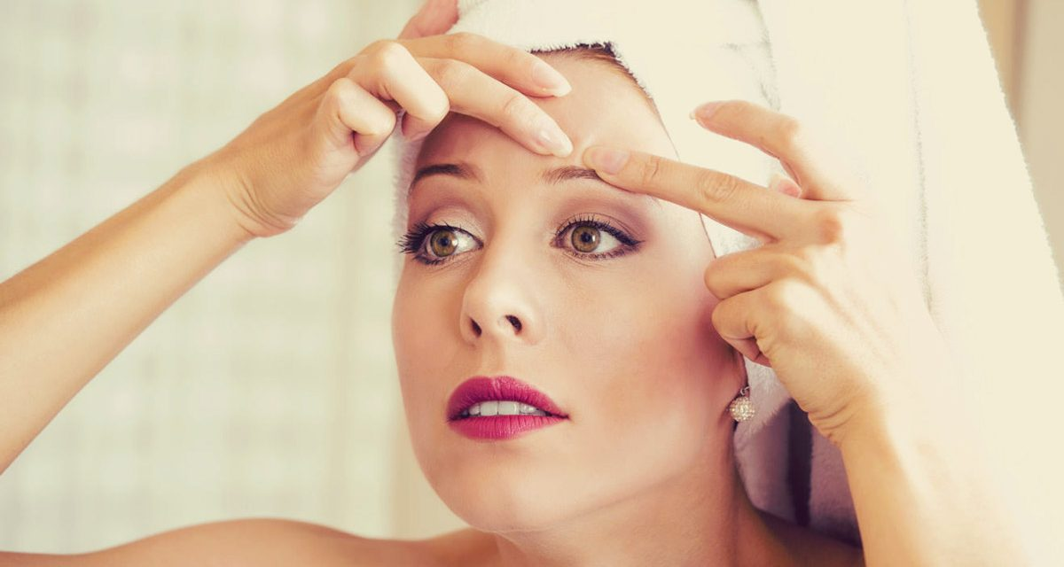 10 astuces pour traiter les boutons d'acné naturellement